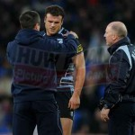 Dr Geoff Davies (Cardiff Blues) attends to Jamie Roberts